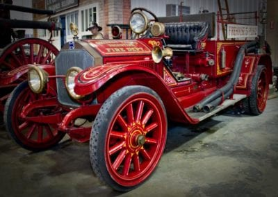 1916 DISNEYLAND FIRE ENGINE – American LaFrance