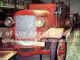 9123 Stutz Ladder Truck